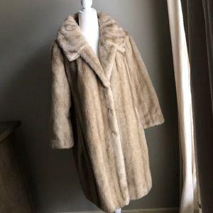 VINTAGE rare long blond faux fur coat tissavel